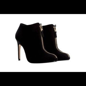 ZARA Basic Sz 40(9) Black Stiletto Booties